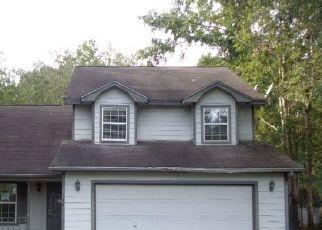 Foreclosed Home en ROYAL ACRES CIR, Kingsland, GA - 31548
