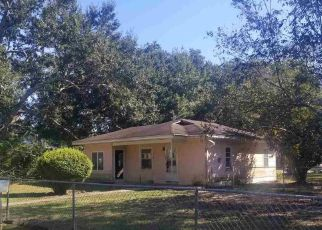 Foreclosed Home in W MAGNOLIA AVE, Foley, AL - 36535