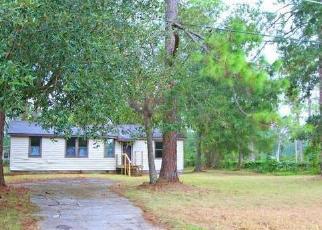 Foreclosed Home en NORKA DR, Jacksonville, FL - 32210