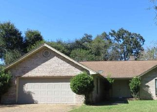 Foreclosed Home in WINDWOOD DR, Pensacola, FL - 32504