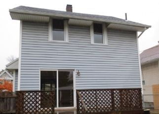 Foreclosed Home en ASBURY DR, Toledo, OH - 43612