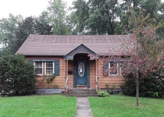 Foreclosed Home en EUCLID AVE, Cortland, NY - 13045