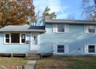 Casa en ejecución hipotecaria in Clementon, NJ, 08021,  CREST RD ID: F4321329