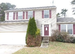 Foreclosed Home in MOUNTAIN LN, Egg Harbor Township, NJ - 08234