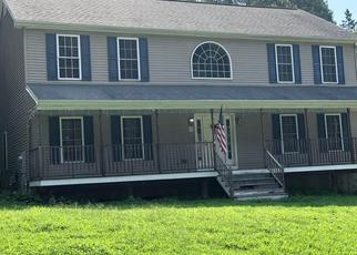 Foreclosed Home en SHELTON ST, Derby, CT - 06418