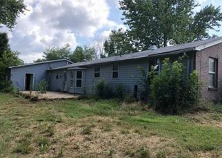 Foreclosed Home en 2ND ST, Eolia, MO - 63344