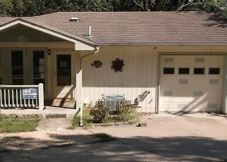 Foreclosed Home en SIESTA CIR, Camdenton, MO - 65020