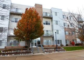 Casa en ejecución hipotecaria in Cudahy, WI, 53110,  LIBRARY DR ID: F4321541