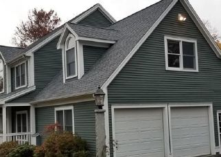Foreclosed Home en FERN HILL RD, Bristol, CT - 06010