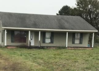 Foreclosed Home in CLAUDE LEBLANC RD, New Iberia, LA - 70560