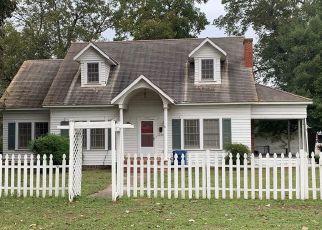 Foreclosed Home in W ARKANSAS AVE, Vivian, LA - 71082