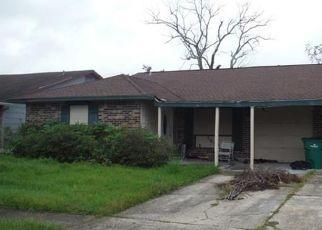 Foreclosed Home in CASCADE DR, Marrero, LA - 70072
