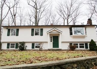 Foreclosed Home en THOMASTON RD, Watertown, CT - 06795