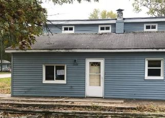 Foreclosed Home in E 28TH AVE, Lake Station, IN - 46405