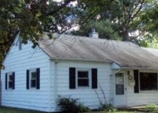 Foreclosed Home in SUNSET DR, Rantoul, IL - 61866