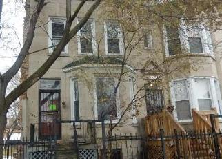 Foreclosed Home en S PRAIRIE AVE, Chicago, IL - 60637