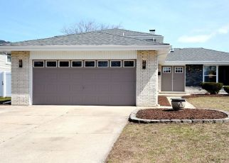 Foreclosed Home en SCHOOL ST, South Holland, IL - 60473