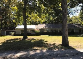 Foreclosed Home in S COUNTRY CLUB LN, Staunton, IL - 62088