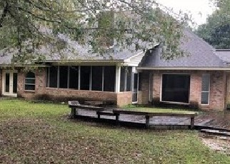Foreclosed Home in COUNTRY WOOD DR, Gulfport, MS - 39503