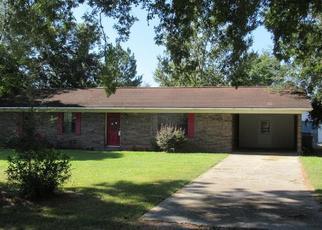 Foreclosed Home en TRYANTS TER, Blackshear, GA - 31516