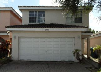 Foreclosed Home en NW 38TH DR, Fort Lauderdale, FL - 33319