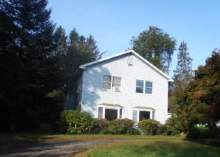Foreclosed Home en OLD HAWLEYVILLE RD, Bethel, CT - 06801