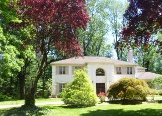 Foreclosed Home en HOFFMAN DR, Bryn Mawr, PA - 19010