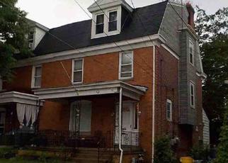 Casa en ejecución hipotecaria in Sharon Hill, PA, 19079,  BARKER AVE ID: F4322260
