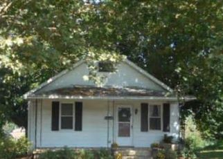 Foreclosed Home en YORK ST, Harrisburg, PA - 17111