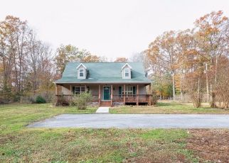 Foreclosed Home en ANNAPOLIS WOODS RD, La Plata, MD - 20646