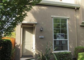 Foreclosed Home en MONALDO WALK, Sacramento, CA - 95823