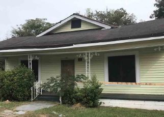 Foreclosed Home in 17TH AVE, Northport, AL - 35476