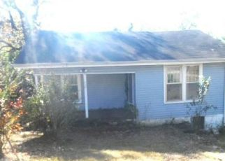 Foreclosed Home in GEORGIA AVE, Florence, AL - 35630