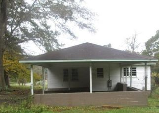 Foreclosed Home in 17TH AVE, Haleyville, AL - 35565