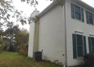Foreclosed Home en WOLF RUN DR, Erie, PA - 16505