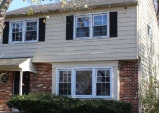 Foreclosed Home in POPLAR TER, Somerdale, NJ - 08083