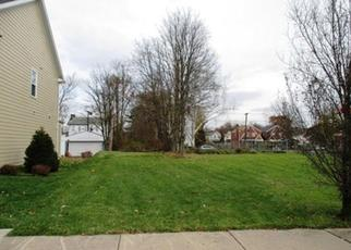 Foreclosed Home en CARVER ST, Pittsburgh, PA - 15206