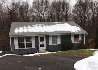 Foreclosed Home in TUDOR LN, Naugatuck, CT - 06770