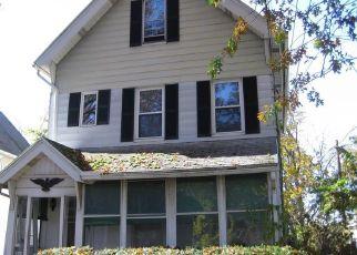 Casa en ejecución hipotecaria in New Haven, CT, 06519,  GREENWICH AVE ID: F4323051