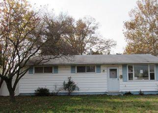 Casa en ejecución hipotecaria in Glen Burnie, MD, 21061,  HAMLEN RD ID: F4323056