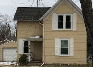 Casa en ejecución hipotecaria in Washington Condado, WI ID: F4323125