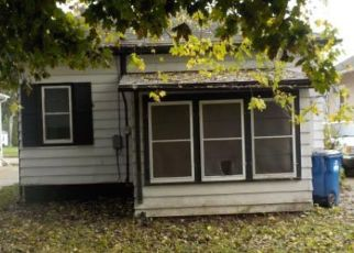 Foreclosed Home en WICKHAM BLVD, Racine, WI - 53405