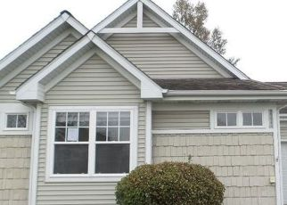Foreclosed Home in MEER PARK CT, Crest Hill, IL - 60403