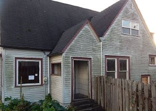 Foreclosed Homes in Coos Bay, OR, 97420, ID: F4323448