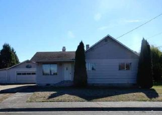 Foreclosed Home in TERRITORIAL ST, Harrisburg, OR - 97446