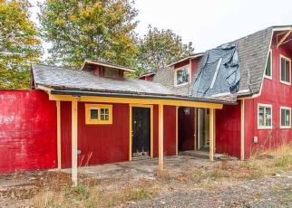 Foreclosed Home in CHAMBERLAIN RD, Falls City, OR - 97344