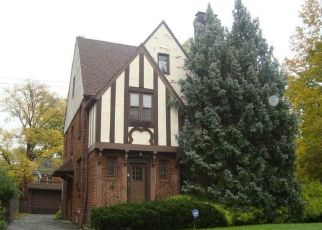 Foreclosed Home en RAWNSDALE RD, Beachwood, OH - 44122