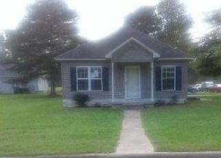 Foreclosed Home in BRANDON AVE, Farmville, NC - 27828