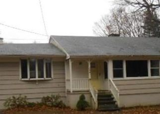 Foreclosed Home in SENTINEL HILL RD, Derby, CT - 06418