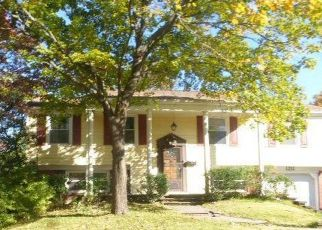 Foreclosed Home in PEACHWOOD LN, Bowie, MD - 20716